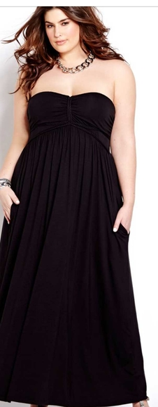 Black strapless dress with pockets NWOT